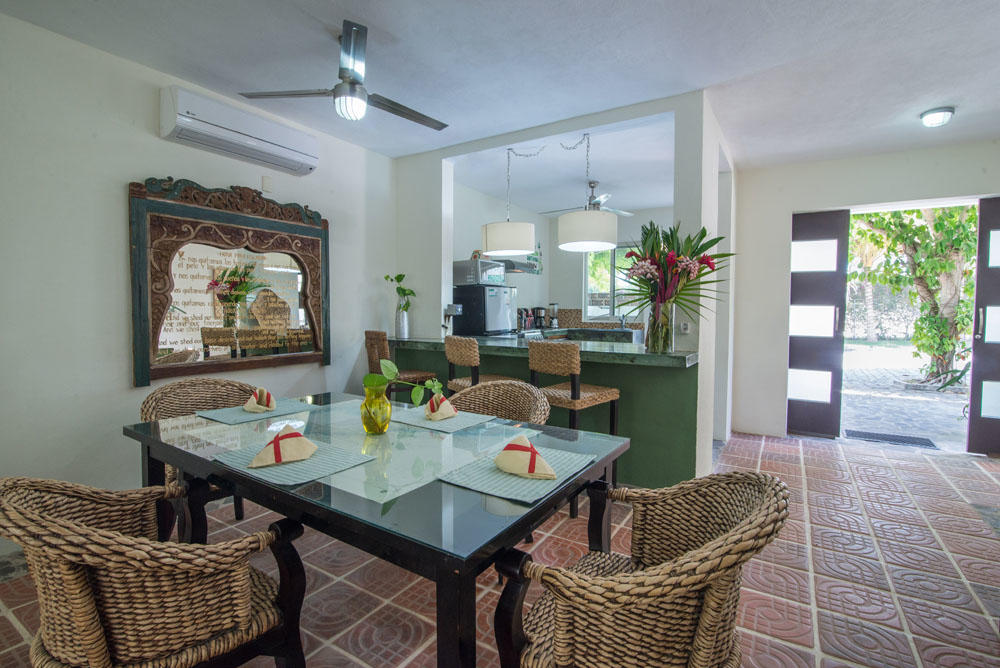 Bucerias, 2 Bedrooms Bedrooms, ,2.5 BathroomsBathrooms,House,For Sale,Estaciones,17000