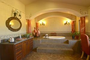 PVRPV - Master Bath