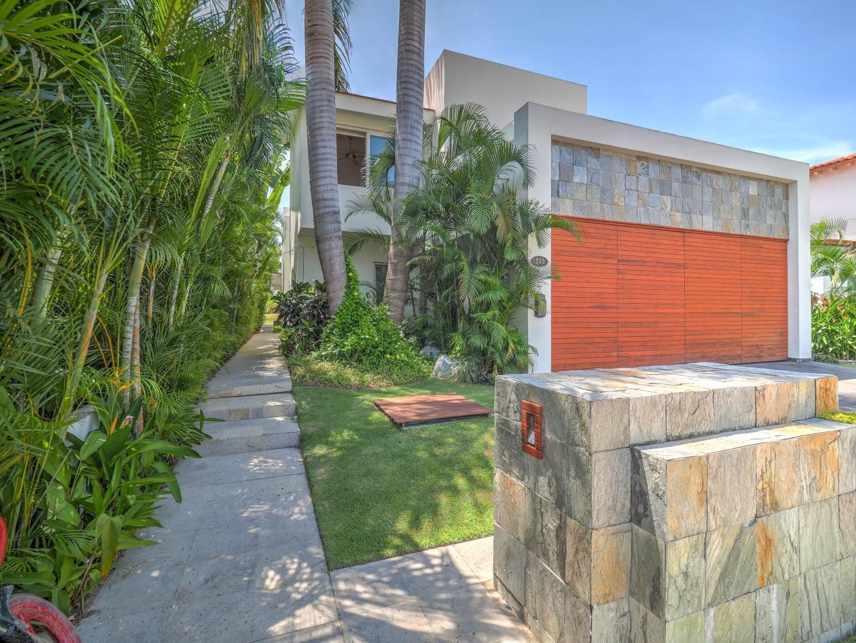 Casa Iguanas 242