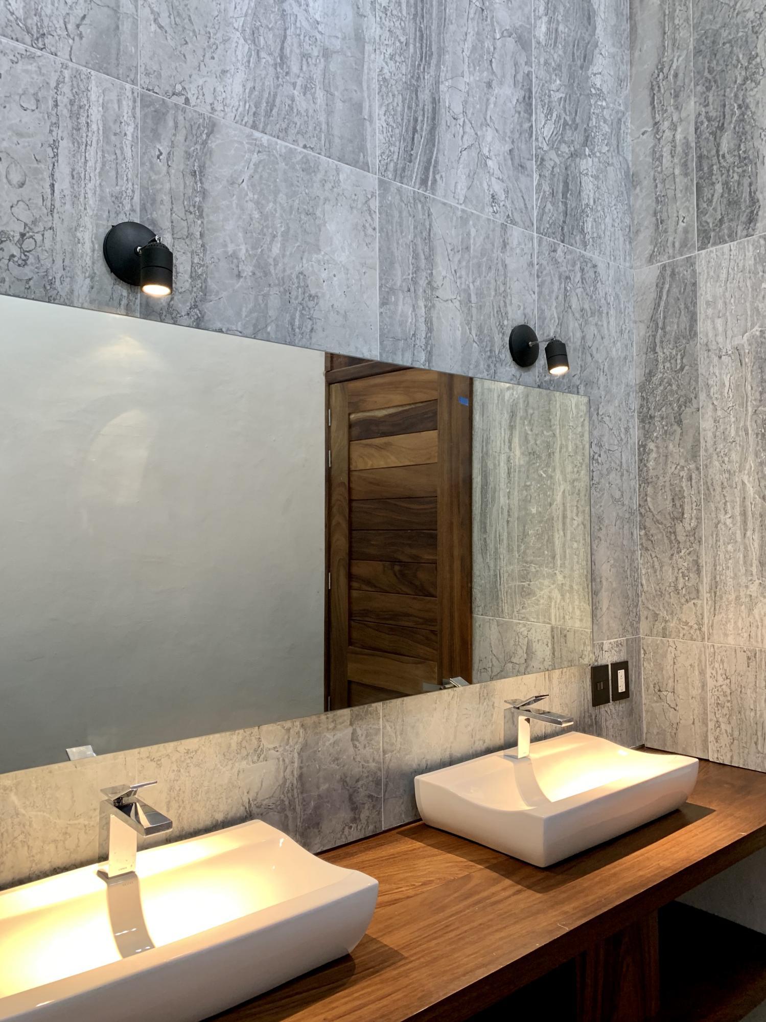 Nuevo Vallarta West, 5 Bedrooms Bedrooms, ,7.5 BathroomsBathrooms,House,For Sale,Paseo de Los Lagos,15601