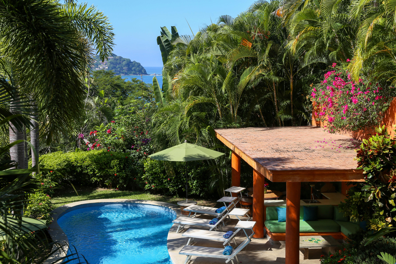 Sayulita, 4 Bedrooms Bedrooms, ,5 BathroomsBathrooms,House,For Sale,Calle Loma Linda,17351