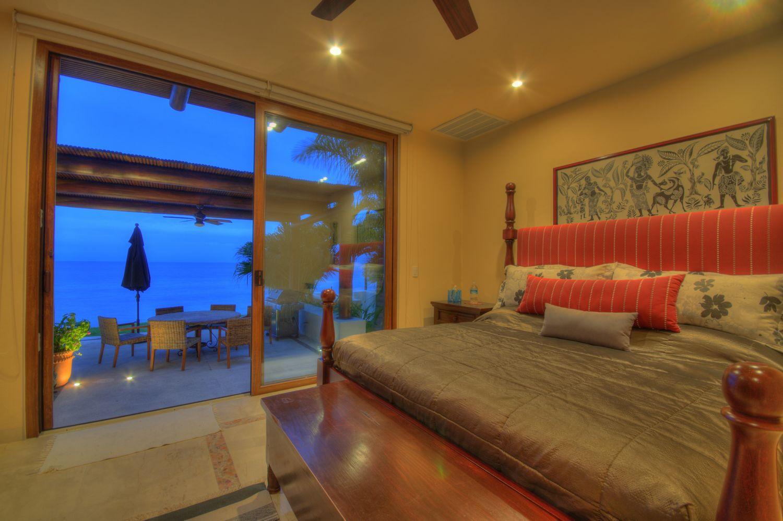La Cruz de Huanacaxtle, 4 Bedrooms Bedrooms, ,4 BathroomsBathrooms,House,For Sale,Punta Esmeralda,17807