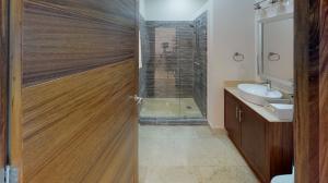 PVRPV - Quinta-San-Miguel-Canal Bathroom (1)