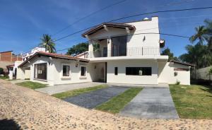 120 Callejon del Limon 3, Hacienda del Santo, Puerto Vallarta, JA