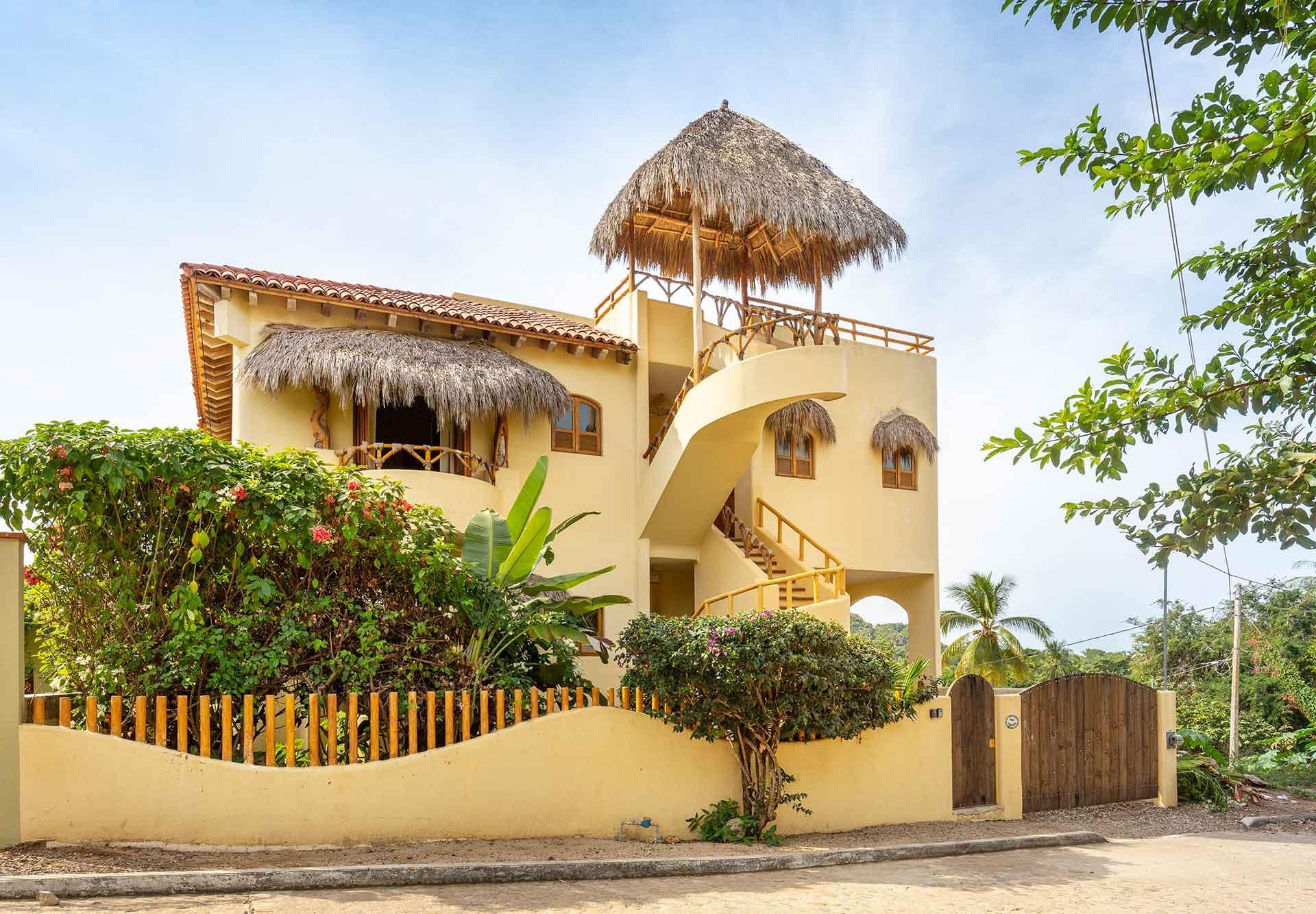 San Pancho, 3 Bedrooms Bedrooms, ,3.5 BathroomsBathrooms,House,For Sale,Calle Kenya,17824