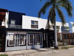 166 Rio Papaloapan, Casa Papaloapan, Puerto Vallarta, JA