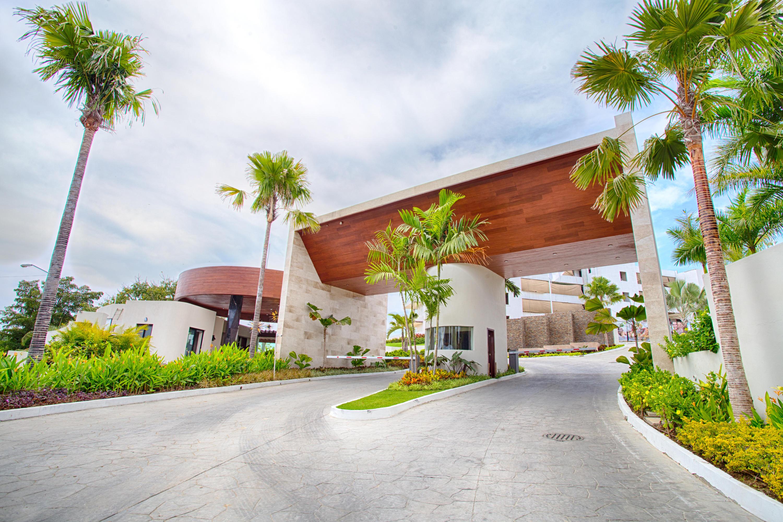 QUADRANT, Luxury Ocean Living 104