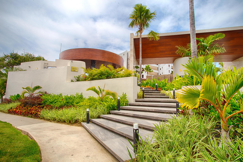 QUADRANT, Luxury Ocean Living 208