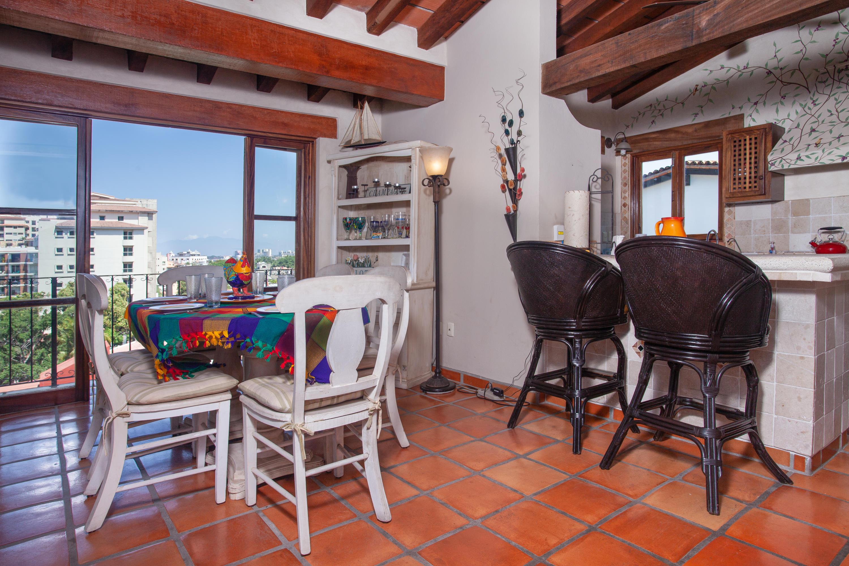 Centro South, 2 Bedrooms Bedrooms, ,2 BathroomsBathrooms,Condo,For Sale,Francisca Rodriguez,18096