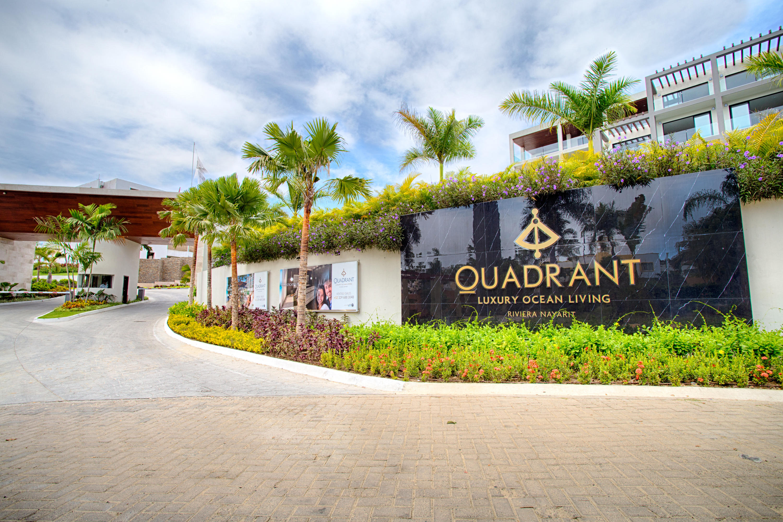 QUADRANT, Luxury Ocean Living 301