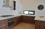 Beautiful kitchen, 6 burner grill top, exaust, oven, big sink with window QUARTZ, fabulous cabinetry
