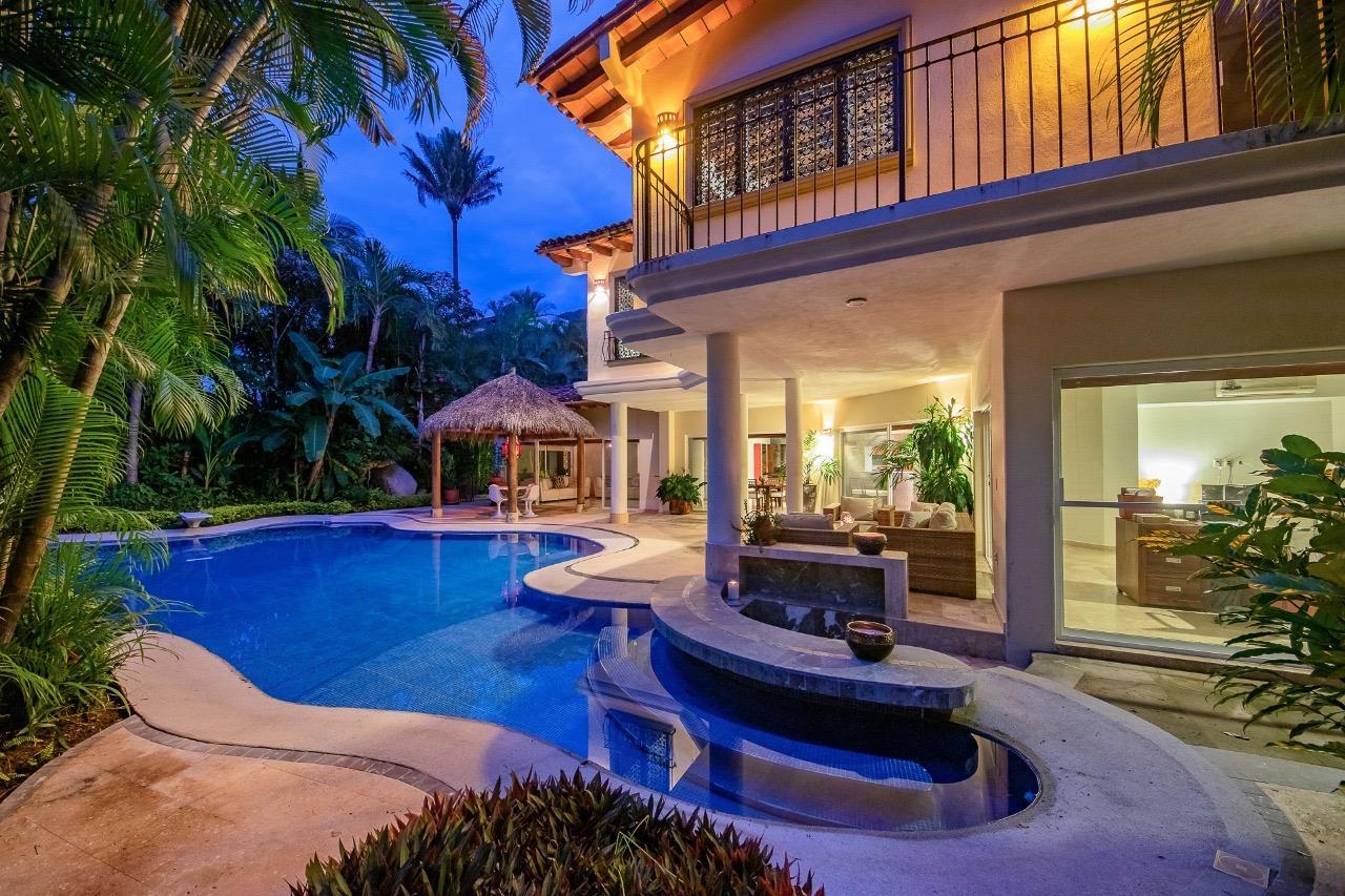 Casa Cielo Oasis