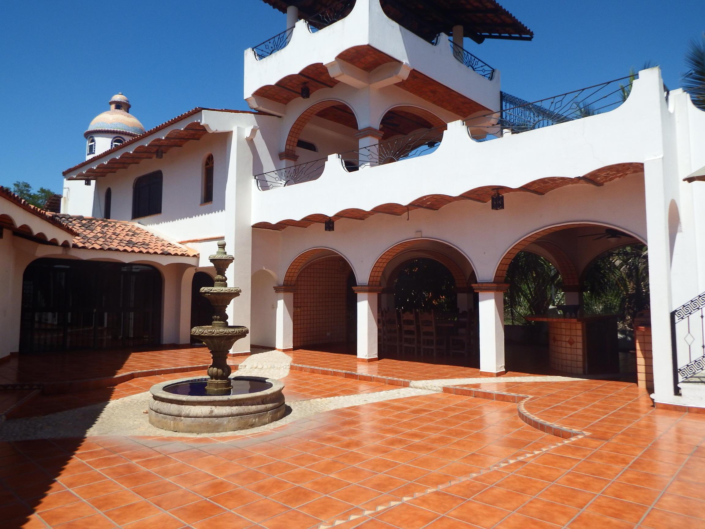 Guayabitos, 5 Bedrooms Bedrooms, ,7 BathroomsBathrooms,House,For Sale,Av. Del Sol,18426