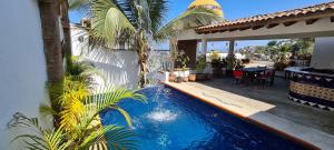 Located in one of the most emblematic streets of the romantic zone and even of all of Puerto Vallarta, surrounded by all kinds of experiences, just a few minutes walk to the beach, restaurants, entertainment, the famous 5 de diciembre market, but above all , tranquility.It has 6 levels and a roof top with pool and a panoramic view of the bay that is priceless.* Available from a studio to a 3 bedroom apartment.