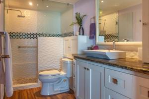 PVRPV - 6-main-bed-bath-1-3655-HDR