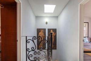 PVRPV - 4b-stairwell-2-5443-HDR