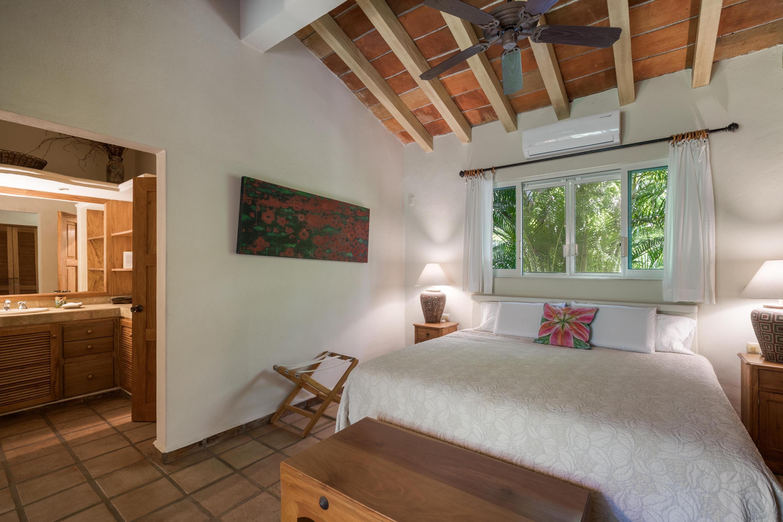 Costa Banderas, 10 Bedrooms Bedrooms, ,11 BathroomsBathrooms,House,For Sale,Calle Bahia,19837