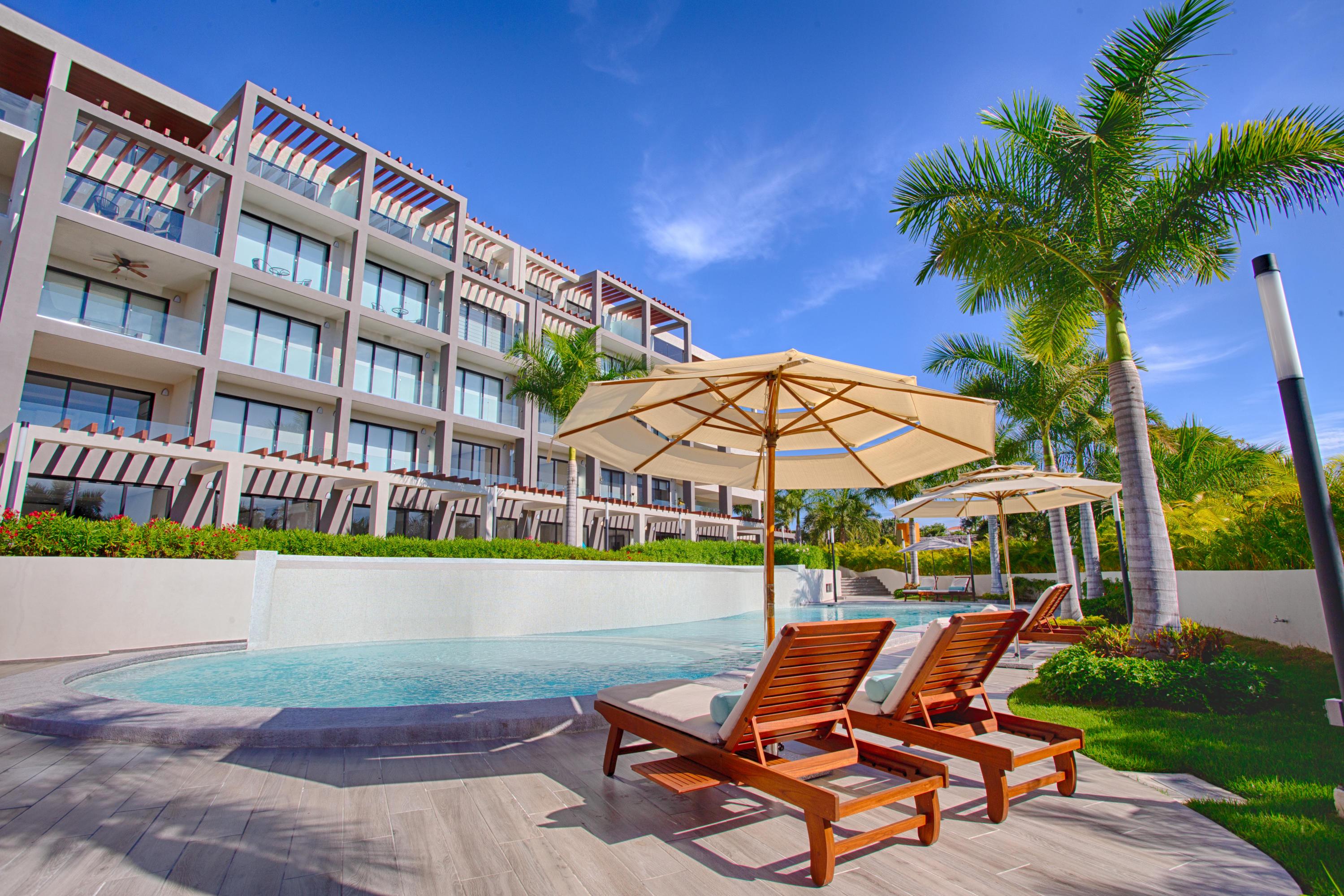 QUADRANT, Luxury Ocean Living 1105