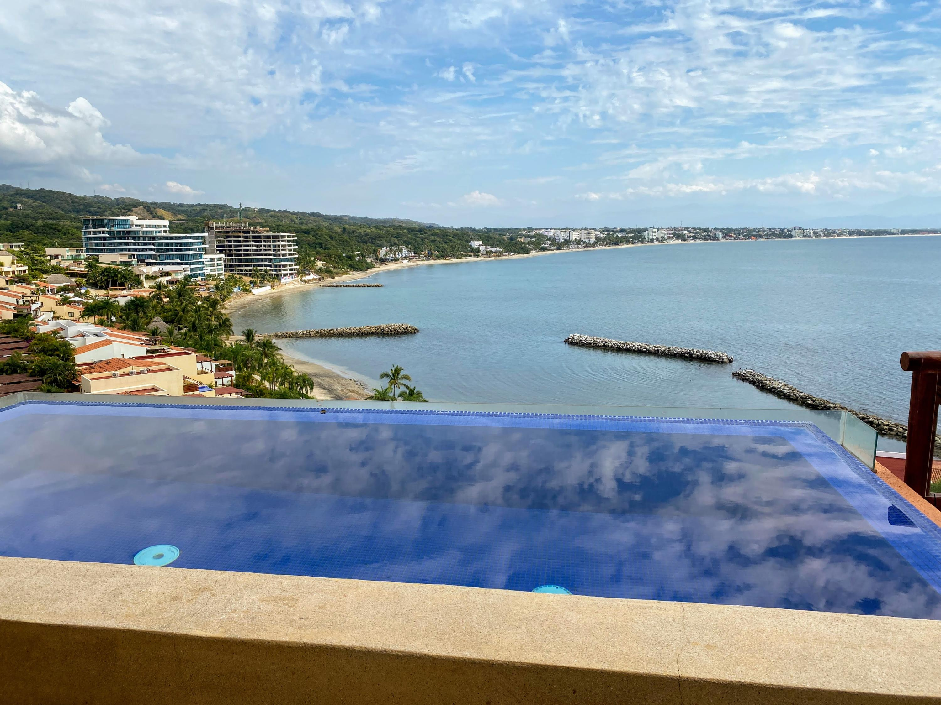 La Cruz de Huanacaxtle, 4 Bedrooms Bedrooms, ,4 BathroomsBathrooms,Condo,For Sale,Carr Tepic-Puerto Vallarta,20203