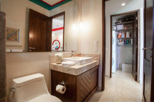 PVRPV - Bathroom 3