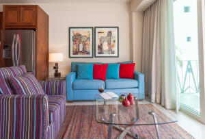PVRPV - Livingroom3