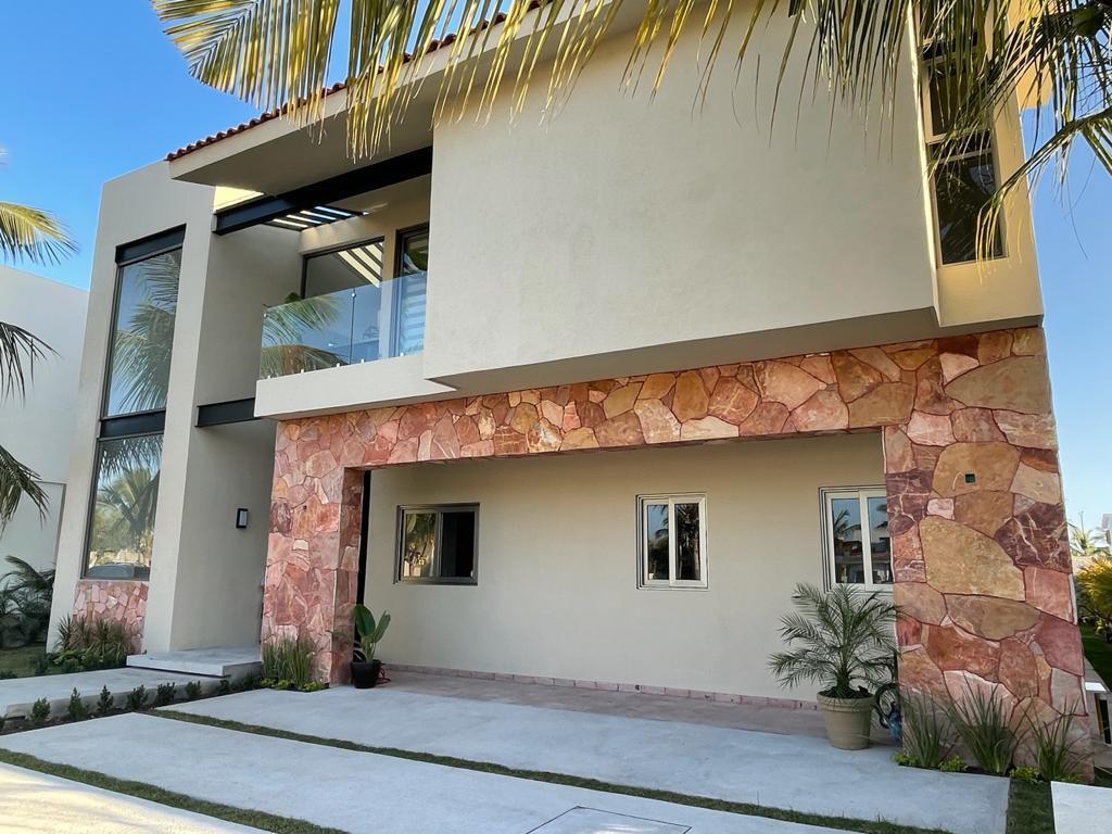 Nuevo Vallarta West, 3 Bedrooms Bedrooms, ,3.5 BathroomsBathrooms,House,For Sale,calle cedro,20234