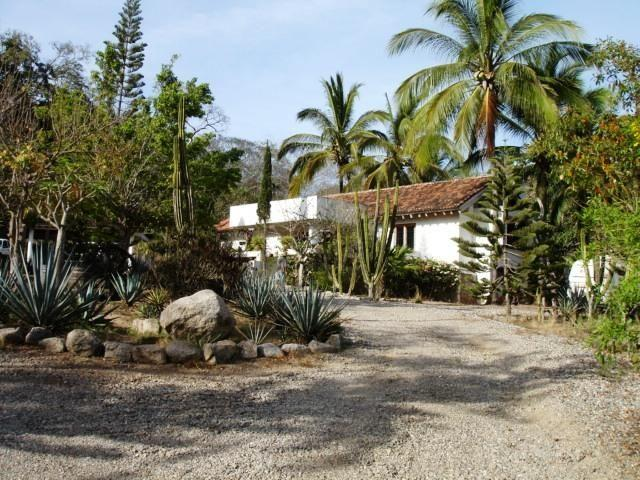 Sayulita, 2 Bedrooms Bedrooms, ,2.5 BathroomsBathrooms,House,For Sale,Al sureste de Sayulita,20789