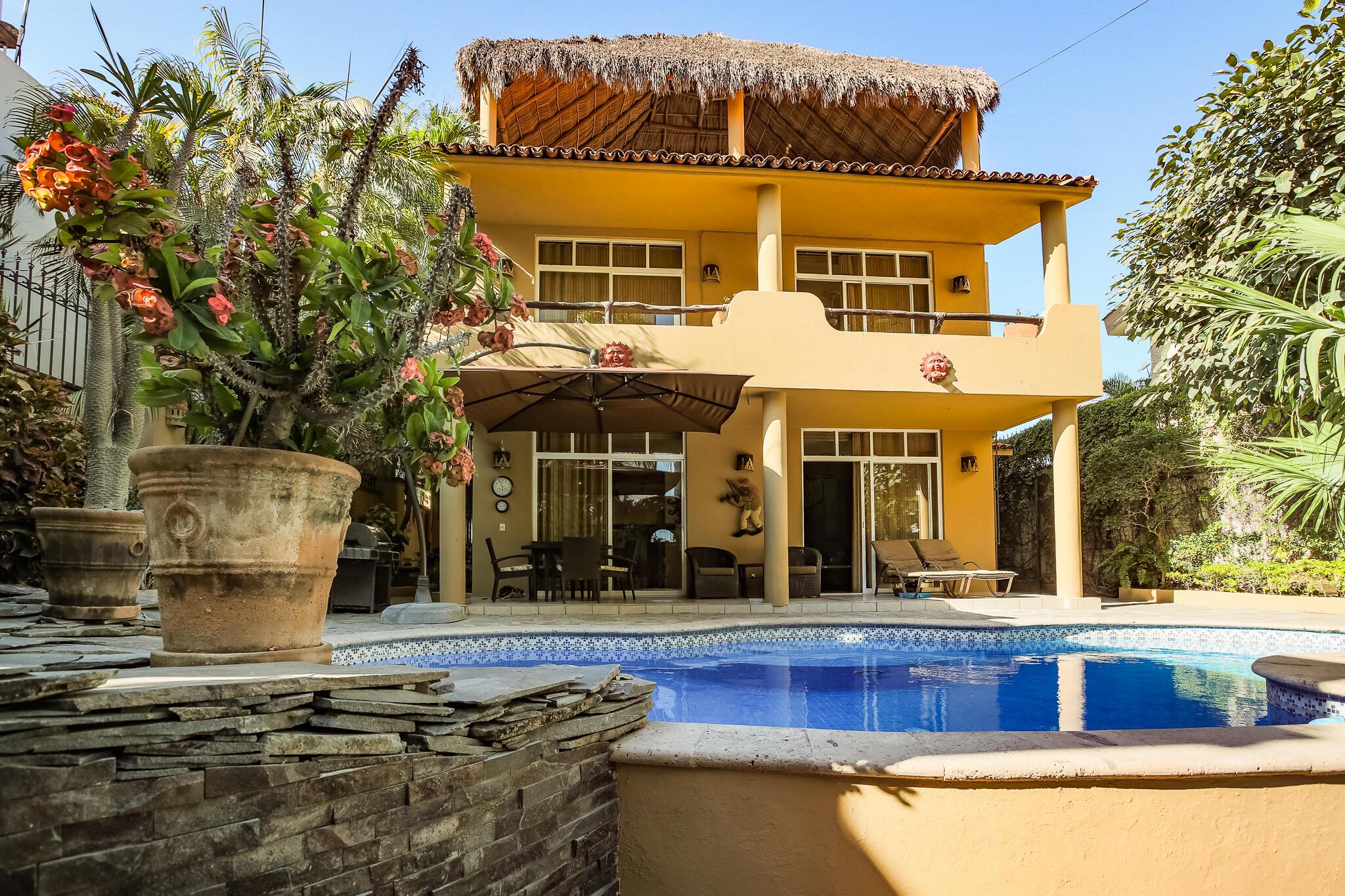 Bucerias, 4 Bedrooms Bedrooms, ,4 BathroomsBathrooms,House,For Sale,Retorno Playa Las Minitas,20932