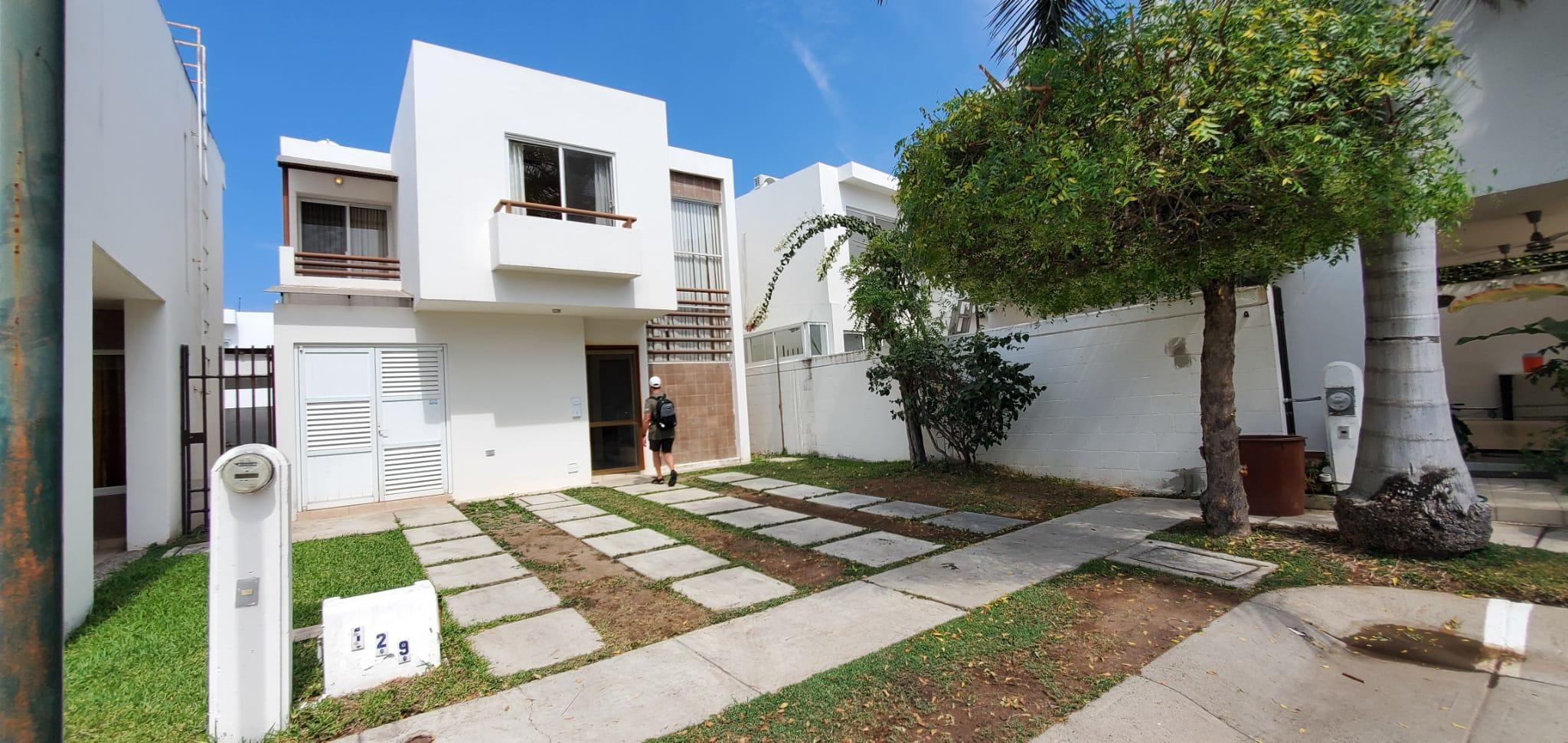 Casa Las Moras