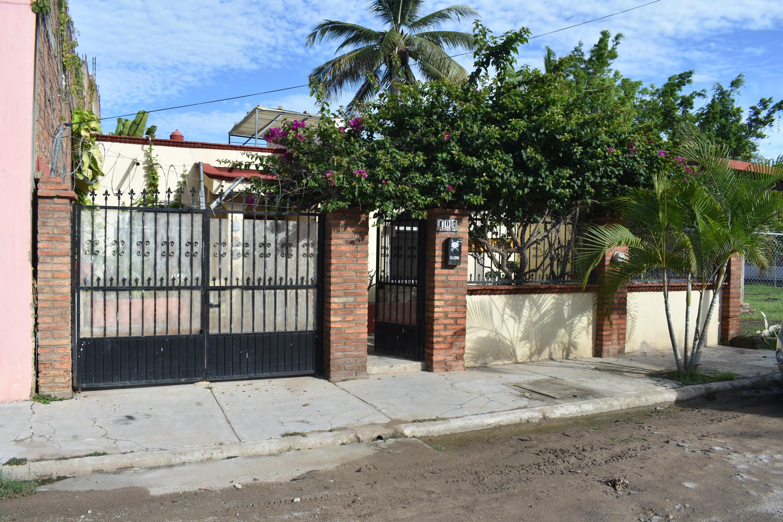 Guayabitos, 3 Bedrooms Bedrooms, ,2.5 BathroomsBathrooms,House,For Sale,Gardenias,21419