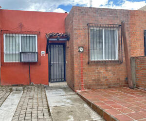 101 Coto del Roble, Parques Universidad, Puerto Vallarta, JA