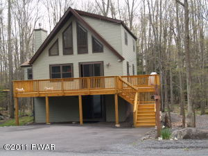 49 Parkwood Drive, Lake Ariel, PA 18436