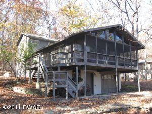 123 Cottonwood Dr, Hawley, PA 18428