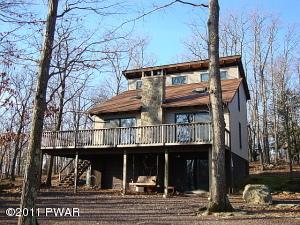 6 Salem Place, Lake Ariel, PA 18436