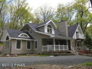 128 Gaskin Dr, Lords Valley, PA 18428