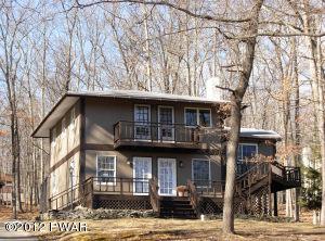 121 Cottonwood Dr, Hawley, PA 18428