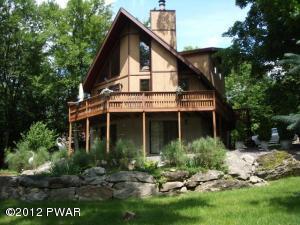 1706 Windemere Ct, Lake Ariel, PA 18436