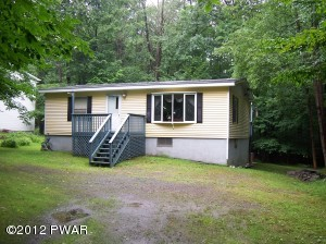 11 WESTERLY RISE, Hawley, PA 18428