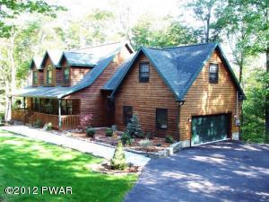 151 Timber Ridge Cir, Greentown, PA 18426