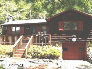 42 Honey Bear Rd, Lake Ariel, PA 18436