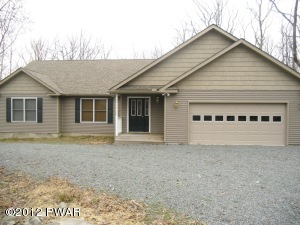 133 Maple Ridge Dr, Lords Valley, PA 18428