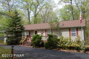 104 APPALOOSA Dr, Lords Valley, PA 18428