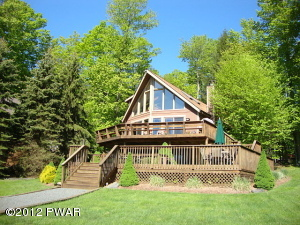 52 Beaver Lake Drive, Lake Ariel, PA 18436