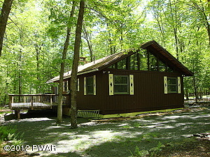 111 Forest View Drive, Hawley, PA 18428