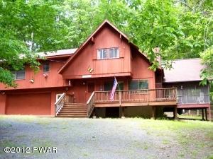107 Cottonwood Dr, Hawley, PA 18428