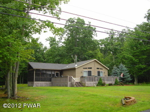 364 Oak Hill Road, Hawley, PA 18428