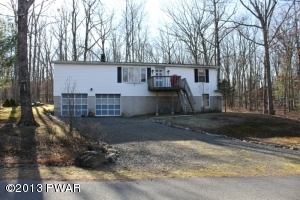107 Lower Lakeview Rd, Hawley, PA 18428