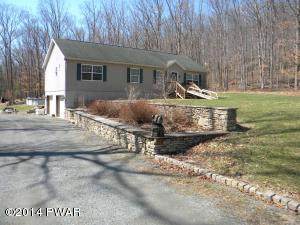 143 Chimney Ridge Rd, Hawley, PA 18428