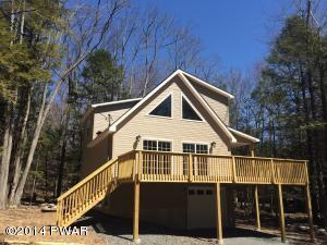 30 Red Hawk Dr, Lake Ariel, PA 18436
