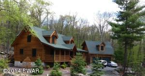 135 Song Mountain Dr, Tafton, PA 18464